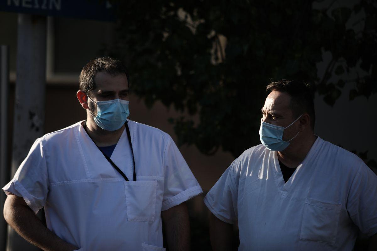 Κρούσματα σήμερα 23/3: Πληροφορίες για 3.500 μολύνσεις