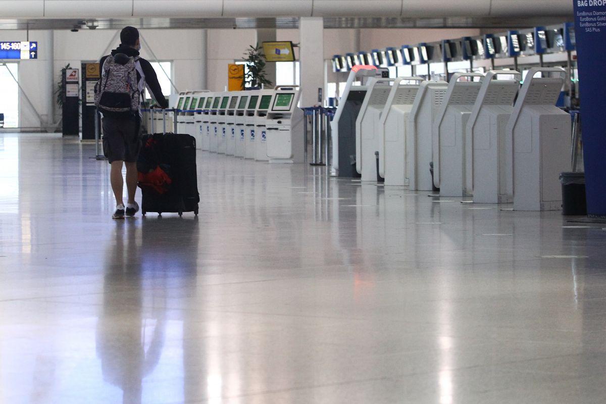 Επιβατική κίνηση αεροδρόμια: Πτώση και τον Μάρτιο