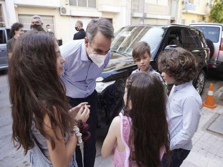 Τα παιδιά ανέκριναν τον Μητσοτάκη